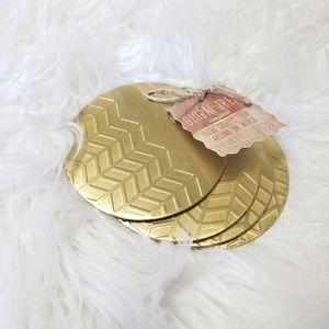 4 Gold Chevron Metal Coasters